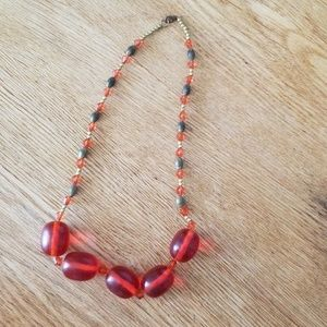 Jewelry - Beaded necklace